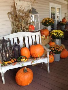 From Amish country Harvest Decorations, Thanksgiving Decorations, Seasonal Decor, Halloween Decorations, Holiday Decor, Autumn Decorating, Porch Decorating, Halloween Porch, Fall Halloween