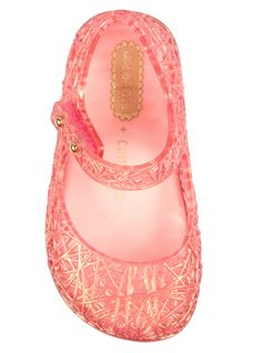 My new favorite brand of little girl shoes! Campana Brothers + Melissa Mini Ultragirl | Childrens Sandal Pink