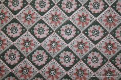1940's Vintage Wallpaper pink and gray tiny geometric