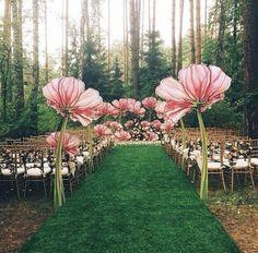 Omg. Fairy wedding garden with oversized flowers