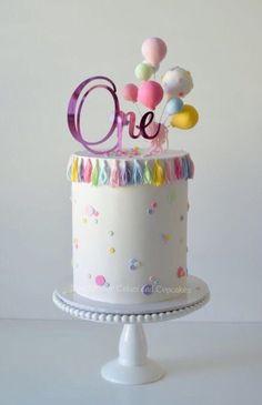of the best homemade birthday cake ideas - recipes - of . - Lemon Cake of the best homemade birthday cake ideas - recipes - of . Baby Birthday Cakes, Homemade Birthday Cakes, Birthday Cakes For Women, Girl First Birthday, Baby Cakes, Girl Cakes, Cupcake Cakes, Birthday Ideas, Sweets Cake