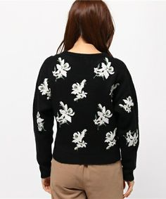 snidel(スナイデル)のフラワー刺繍ニットプルオーバー(ニット/セーター)|詳細画像