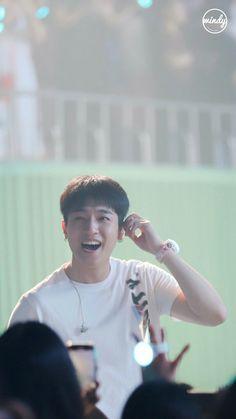 Park Jae Hyung, Park Sung Jin, Bob The Builder, Korean Artist, Day6, Beautiful Soul, Man Crush, Boy Groups, Singing