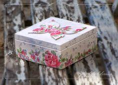 caixa com uma borboleta
