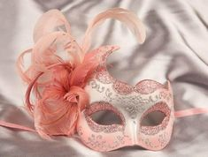 French club should totally do a masquerade.one of the events can be to decorate masks, and then we'll wear them to the masquerade ball! Sweet 16 Masquerade, Venetian Masquerade Masks, Masquerade Party, Mardi Gras, Venitian Mask, Harlequin Mask, Costume Venitien, Carnival Masks, Beautiful Mask