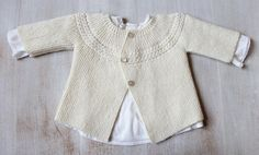 Der Neuen Ravelry: 29 / Princess Charlotte Baby Jacket pattern by Florence Merlin Baby Knitting Patterns, Love Knitting, Baby Cardigan Knitting Pattern, Baby Clothes Patterns, Knitting For Kids, Baby Patterns, Vintage Knitting, Knitting Needles, Charlotte Baby