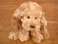 Peluche perrito BUDDY. Mi nombre es BUDDY y soy un suave perrito de peluche de color marrón de 20 cm. Quieres llevarme contigo ?