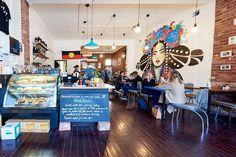 La cafetería que buscar concientizar sobre la brecha salarial