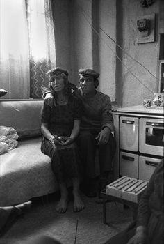 ALBANIA. Korce. Gipsy couple. 1990.