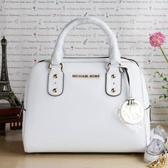 2016 MK Handbags Michael Kors Handbags, not only fashion but get it for Mk Handbags, Handbags Michael Kors, Purses And Handbags, Cheap Michael Kors, Michael Kors Outlet, Beautiful Handbags, Beautiful Bags, Cheap Mk Bags, Marken Outlet