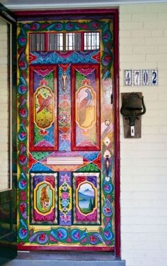 Painted Boho Door Told the Renaissance Man that THIS is why we need our own house! You are in the right place about Door painting Here we offer you the most beautiful pictures about the home Door y Cool Doors, Unique Doors, When One Door Closes, Knobs And Knockers, Door Knobs, Door Hangers, Truck Art, Door Gate, Grand Entrance