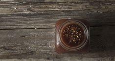 Πικάντικη BBQ σάλτσα με μέλι από τον Άκη Πετρετζίκη. Συνταγή για μια σάλτσα bbq, λίγο πικάντικη αλλά και γλυκιά  για να συνοδέψετε τέλεια το κρέας σας.