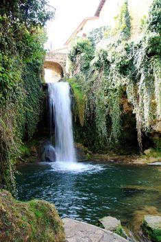 Aprovechando 4 días de fiesta en nos hemos escapado a Las Merindades , región de Castilla y León dirección Burgos . Una zona que habíamos ...