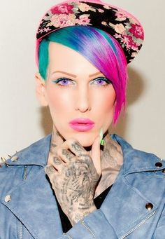 Jeffree Star is my idol! I wish i could meet him Drag Queens, Jeffree Star Myspace, Jeffree Star Tattoos, Jeffry Star, Star Quotes, Queen Makeup, Artists And Models, Raw Beauty, Iconic Photos