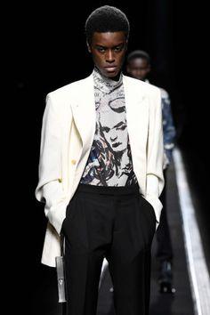 The World's Fashion Business News Christian Dior Homme, Business News, Business Fashion, Louis Vuitton, Men, Louis Vuitton Wallet, Guys, Louis Vuitton Monogram, Office Fashion