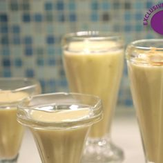 Watch this and 3 other amazing ways to use coconut milk here! Banana Coconut, Toasted Coconut, Coconut Milk, Pina Colada Smoothie Recipe, Smoothie Recipes, Frozen Pineapple, Frozen Banana, Easy Diets, Vegan Vegetarian