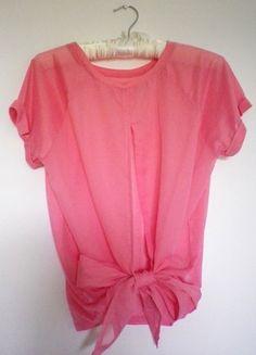 Kup mój przedmiot na #vintedpl http://www.vinted.pl/damska-odziez/koszulki-z-krotkim-rekawem-t-shirty/10329657-rozowa-bluzka-z-rozcieciem-na-plecach