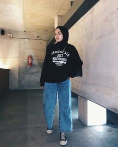 Modern Hijab Fashion, Street Hijab Fashion, Korean Girl Fashion, Hijab Fashion Inspiration, Muslim Fashion, Hijab Fashion Style, Modesty Fashion, Casual Hijab Outfit, Casual Outfits