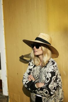 Wide brimmed hat AND sunnies= mandatory summer accessories.
