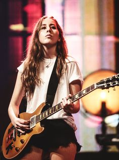alana haim. Excuse me for a second I can't breathe
