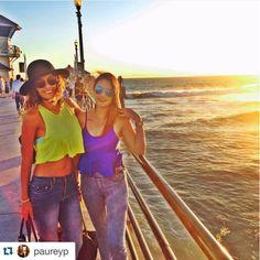 Clientas usando blusas de Pink Flamingo Mx <3   ¡Amamos compartir a nuestras clientas hermosas!  Compren en una de nuestras 3 sucursales en GDL o envíos a todo México por las redes sociales o al 331604453.