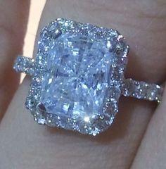 Verragio ring- pretty much my dream ring I Love Jewelry, Jewelry Rings, Fine Jewelry, Jewlery, Bling Bling, Diamond Rings, Diamond Jewelry, Gold Jewellery, 3 Karat