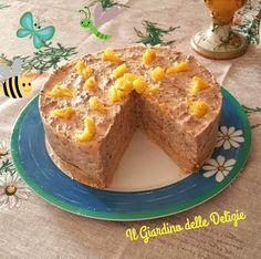 Il dolce biscotto alla crema è una torta fredda con alla base pavesini e savoiardi, ricoperto da una deliziosa crema con mascarpone philadelphia e ciocolato