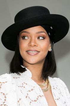 Rihanna, Beyonce, Short Hair Cuts, Short Hair Styles, Beach Blonde Hair, New Hair Trends, Jourdan Dunn, Jenna Dewan, Zoe Kravitz