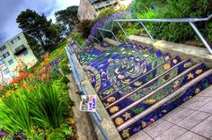 Avis aux adeptes du street art ! On a trouvé des endroits encore plus insolites que les murs et les sols pour faire des performances artistiques: les escaliers ! Partout et à travers le monde, des artistes se sont exprimés ...