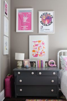 Neutral girl's room with pops of pink