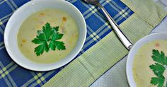 Rice and salami soup with cheese triangles Cheese Triangles, Homemade Cosmetics, Bon Appetit, Soup, Rice, Cooking Recipes, Fruit, Ethnic Recipes, Notes
