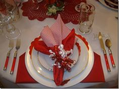 holiday table setting photo: Valentine table setting by dreamgoddess S_ValentineTablecloseupbydreamgodde.jpg