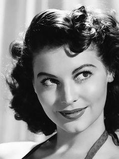Ava Gardner, 1940's