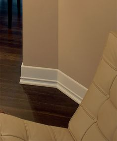 Modern crown molding ideas art deco molding art deco for Art deco baseboard molding