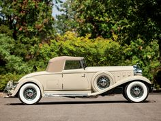 1933 Chrysler Imperial LeBaron Convertible Roadster 1