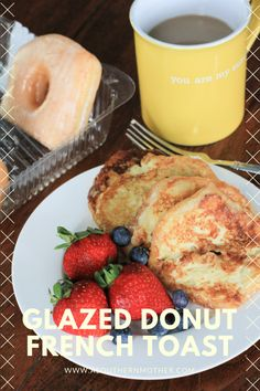 Glazed donut French toast: This French Toast Recipe requires no syrup and sugary donut glaze starts to caramelize in the skillet. Stale Donut Recipe, Donut Recipes, Brunch Recipes, Breakfast Recipes, Breakfast Ideas, Donut Muffins, Donuts, Donut French Toast, Donut Glaze