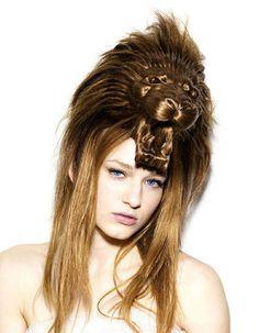 WOW x 1000! Artist Creates Beautiful Animal-Head Sculptures With Hair