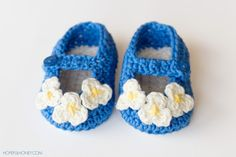 Vintage Mary Jane Baby Booties - Free Crochet Pattern