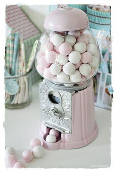 Gumball Machine Painted A Sugary Shabby Pink !