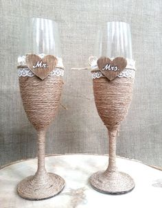 Personalized Wedding Champagne Glasses, Bride and Groom Toast Glasses, Wedding Flutes Mr Mrs, Engage Rustic Wedding Glasses, Wedding Toasting Glasses, Wedding Champagne Flutes, Diy Wine Glasses, Decorated Wine Glasses, Painted Wine Glasses, Bride And Groom Glasses, Wine Glass Candle Holder, Deco Champetre