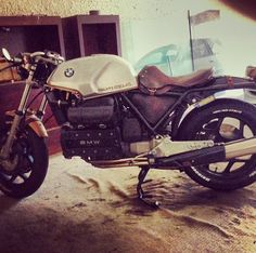 Check out the seat! BMW caferacer by @Cali2four7 #k100