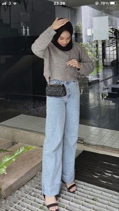 Casual Hijab Outfit, Casual Outfits, Fashion Outfits, Womens Fashion, Hijab Jeans, Ootd Hijab, Simple Ootd, Hijab Fashion Inspiration, Muslim Fashion