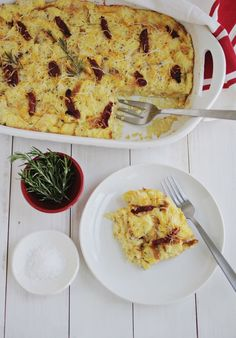 Savory french toast casserole (click through for recipe) // Try with turkey sausage!