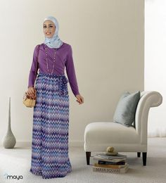 Mayasquare | the purple dress + blue silk hijab www.mayasquare.com #modeststyle #modesty #modest fashion #hijabfashion #hijabi #hijabifashion #covered #Hijab #jacket #midi #dress #dresses #islamicfashion #modestfashion #modesty #modeststreestfashion #hijabfashion #modeststreetstyle #modestclothing #modestwear #ootd #cardigan #springfashion #INAYAH #covereddresses #scarves #hijab #style #hijabstyle #loose #loosecolthing