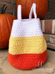How To Crochet A Shell Stitch Purse Bag - Crochet Ideas Halloween Crochet Patterns, Crochet Purse Patterns, Bag Crochet, Crochet Shell Stitch, Crochet Diy, Crochet Beanie Pattern, Crochet Handbags, Crochet Purses, Crochet Gifts