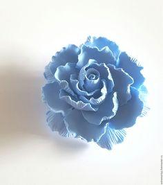 Купить Брошь цветок голубой пион из полимерной глины - голубой, синий, синий цветок