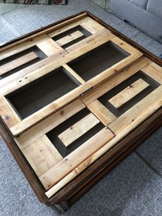 Amazing DIY coffee table made out of wooden shutters !!