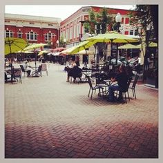 Market Square in downtown Roanoke, VA. https://apps.statigr.am/feed/web/front/feeds/27770033112/detail