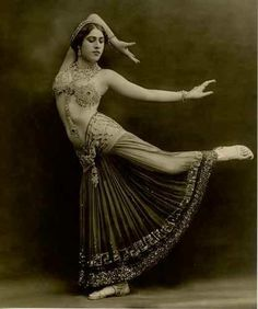 """Sahary Djeli in """"Salome"""" - a belly dancer by Studio Talbot, 1920's. Not much info can be found on Sahary Djeli, except that she was a Hungarian performer who created a whole persona based on her own imagination. She claimed to have belonged to a strange sect from the Orient and that the name Sahary Djeli meant The Sorceress of the Century. Other rumours were that she was actually born on a French farm."""