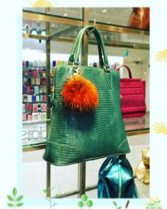 It's a emerald foldable, all time favorite. Versatile yet elegant Only at Gracious Aires: Raffles City #03-03 Plaza Singapura #03-49 or visit us :- http://www.facebook.com/pages/Gracious-Aires/112657552095102 or http://graciousaires.com/about-us/